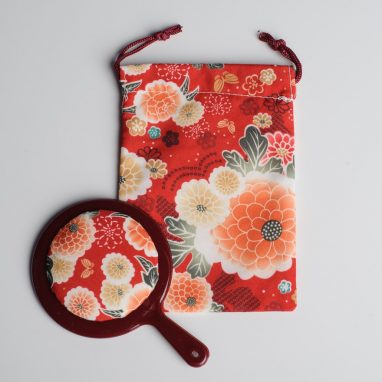 Japanese pattern pouch and mirror
